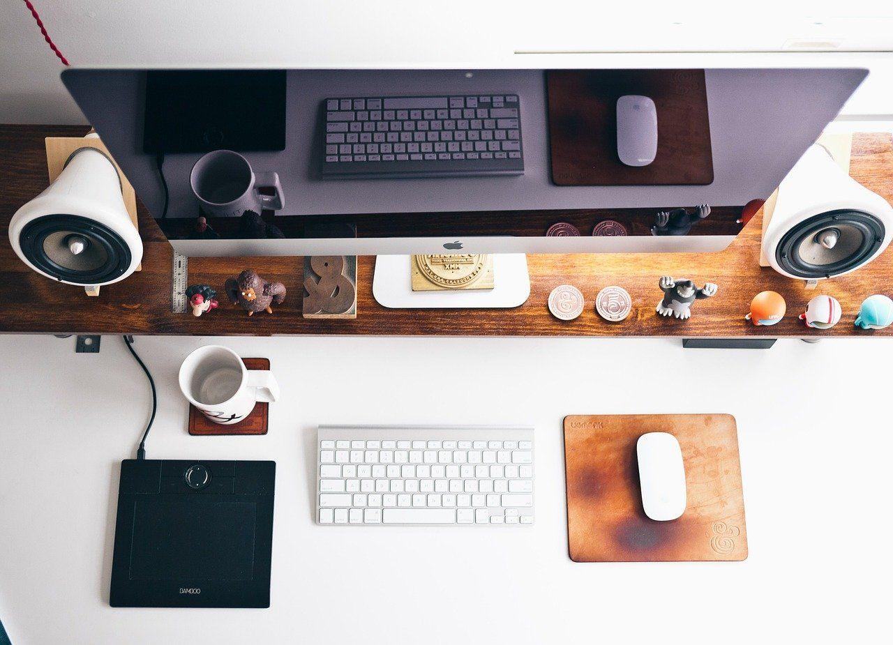 Home Office, stilvoll eingerichtet