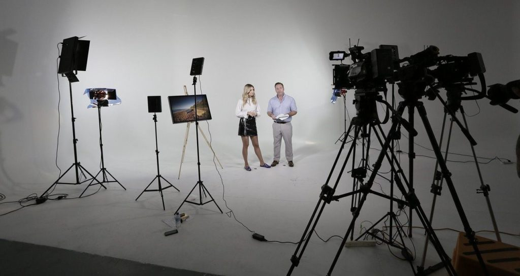 TV/Film-Produktionsstudio mit Requisiten